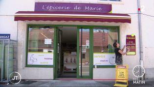 Marie-France Trébos, gérante de L'épicerie de Marie. (France 2)