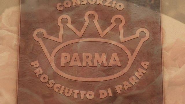 Envoyé spécial. La couronne du jambon de Parme veille-t-elle au bien-être animal ?