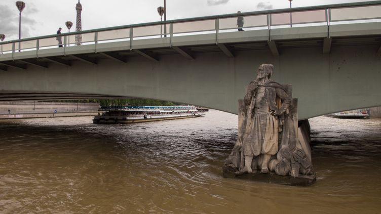 La Seine sous le pont de l'Alma, à Paris, le 7 mai 2015. (STEPHANE ROUPPERT / CITIZENSIDE.COM / AFP)