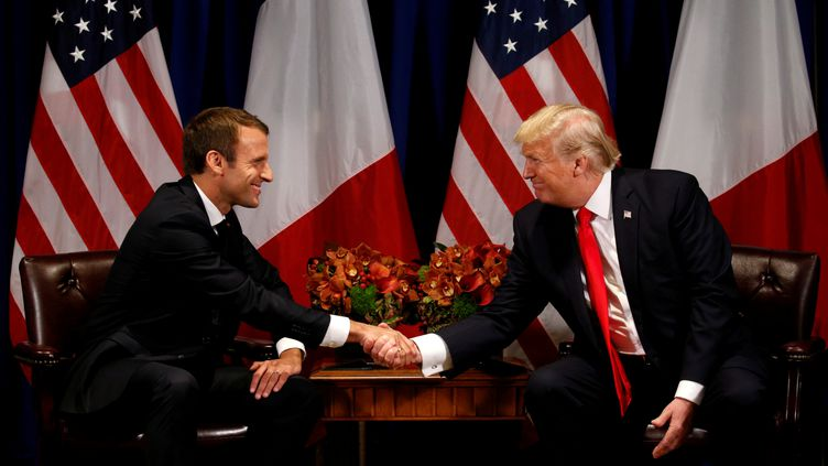 Emmanuel Macron et Donald Trump, à New York (Etats-Unis), le 18 septembre 2017. (KEVIN LAMARQUE / REUTERS)
