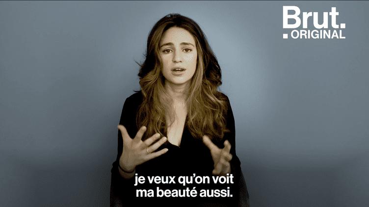 VIDEO. La poète Aija Mayrock slam sur la condition des femmes (BRUT)