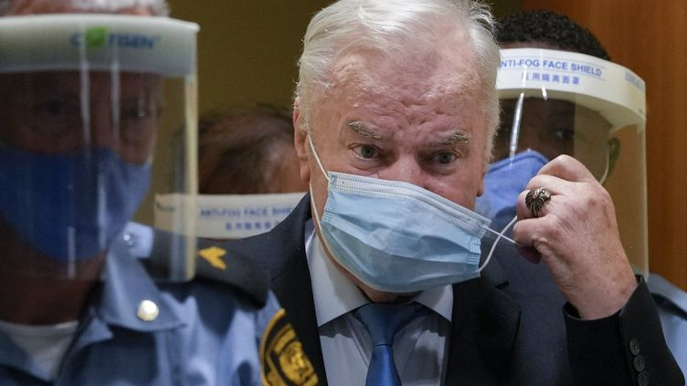 L'ancien général serbeRatko Mladicle8 juin 2021 à la perpétuité par la justice internationale. (PETER DEJONG / AFP)