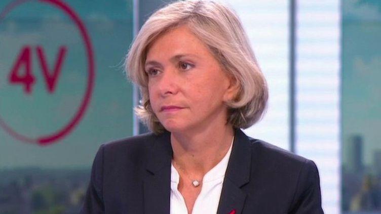 """""""L'État doit être là et doit compenser les pertes de recettes"""" : Valérie Pécresse est l'invitée des 4 Vérités (FRANCE 2)"""