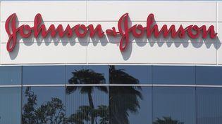 Le siège du groupe pharmaceutique Johnson & Johnson à Irvine (Etats-Unis), le 28 août 2019. (MARK RALSTON / AFP)