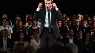 Emmanuel Macronlors d'uneréunion publique, le 4 octobre 2016 à Strasbourg. (PATRICK HERTZOG / AFP)