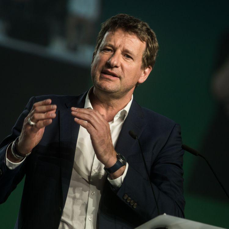 La tête de liste d'EELV aux élections européennes, Yannick Jadot, à Lyon, le 10 avril 2019. (NICOLAS LIPONNE / NURPHOTO / AFP)