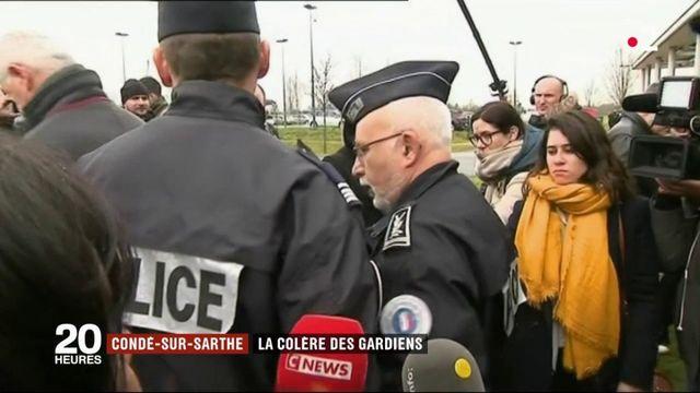 Condé-sur-Sarthe : les surveillants bloquent leur prison
