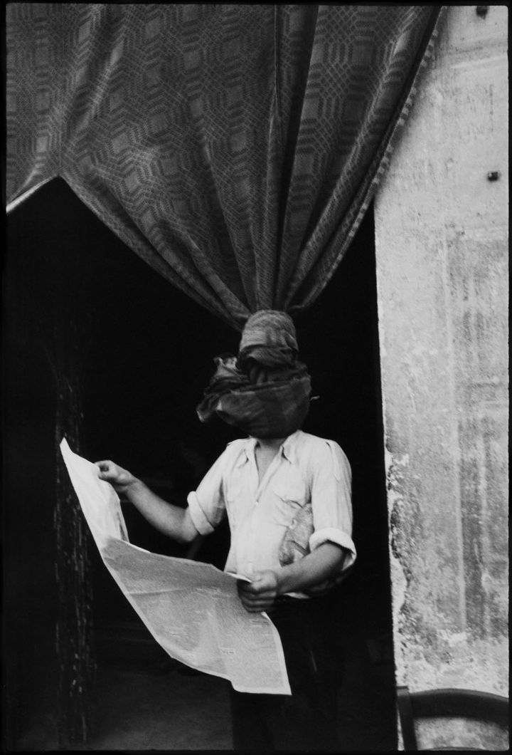 Livourne, Toscane, Italie, 1933. (HENRI CARTIER-BRESSON / MAGNUM PHOTOS, COURTESY FONDATION HENRI CARTIER-BRESSON)