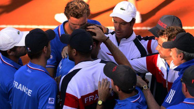 Toute l'équipe de France unie dans la défaite autour de Gilles Simon
