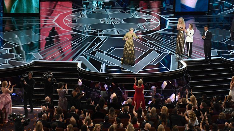 Oscars 2018 : Frances McDormand invite les femmes dans la salle à se lever.  (Mark RALSTON / AFP)