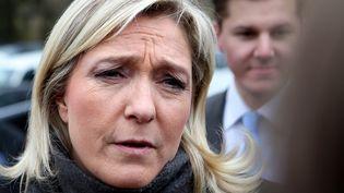 La présidente du Front national, Marine Le Pen, le 3 avril 2013 à Charleville-Mézières (Ardennes). (FRANCOIS NASCIMBENI / AFP)
