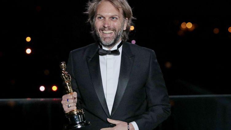 """Florian Zeller a remporté l'oscar du meilleur scénario pour sa pièce adaptée, """"The Father"""", le 26 avril 2021. (POOL / GETTY IMAGES NORTH AMERICA / AFP)"""