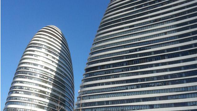 (Ecran digitale connectée aux nouveaux bâtiments écolos de Wangjing Soho © RF-Isabelle Raymond)