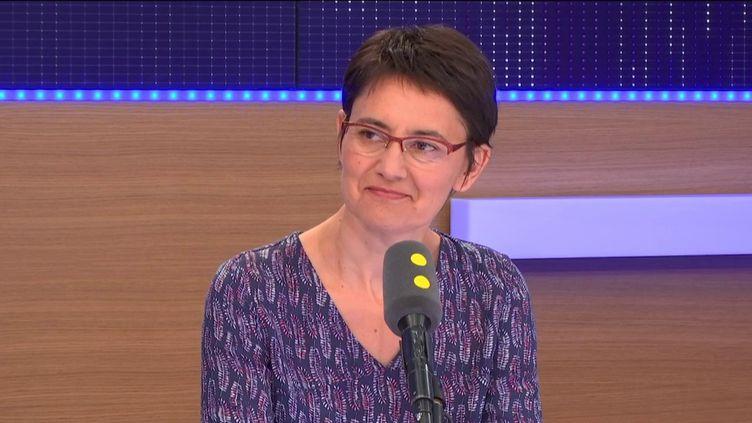 Nathalie Arthaud, porte-parole deLutte ouvrière, était l'invitée de franceinfo. (RADIO FRANCE / FRANCEINFO)