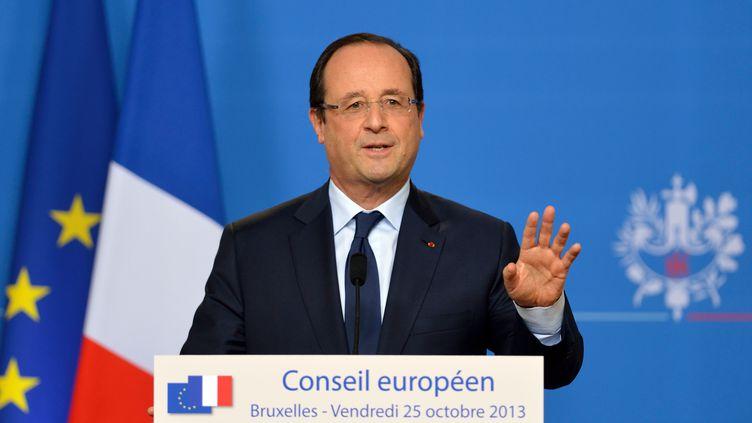 Le président français François Hollande, le 25 octobre 2013 à Bruxelles (Belgique). (ERIC FEFERBERG / AFP)