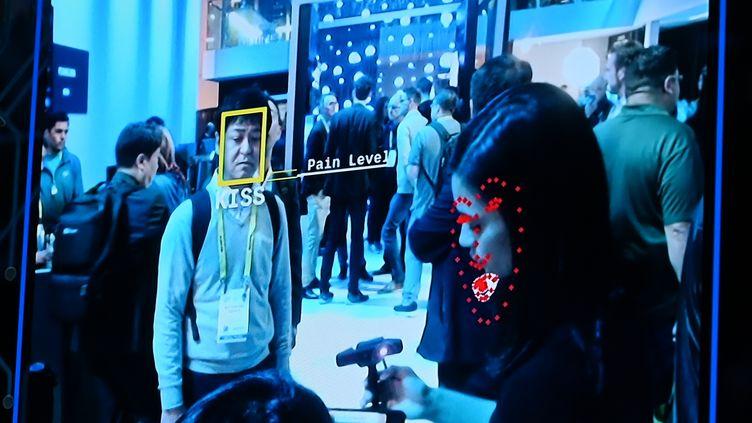 Démonstration de la technologie de reconnaissance faciale, au CES (Consumer Electronics Show) de Las Vegas, en janvier 2019. (ROBYN BECK / AFP)
