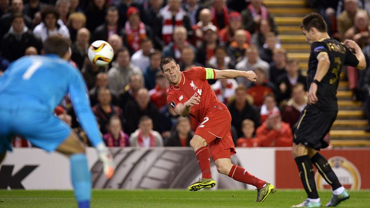 l'Anglais James Milner sous le maillot de Liverpool (OLI SCARFF / AFP)