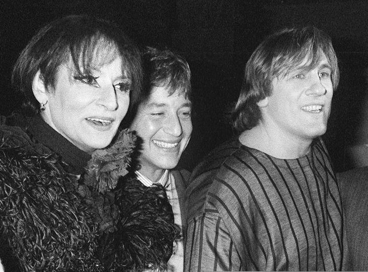 """Barbara, Patrick Sabatier, et Gérard Depardieu lors du spectacle """"Lily Passion"""", le28 janvier 1986  (DSK / AFP)"""