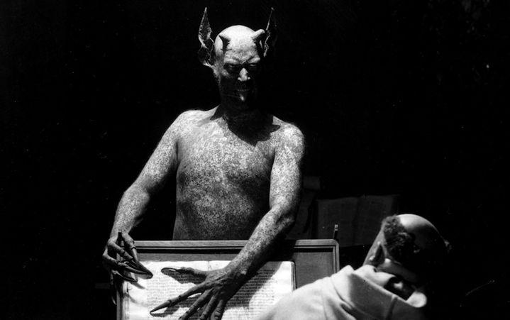 """Benjamin Christensen interprète le diable tentateur dans son film """"Haxan - La Sorcellerie à travers les âges"""" (1922). (POTEMKINE FILMS)"""