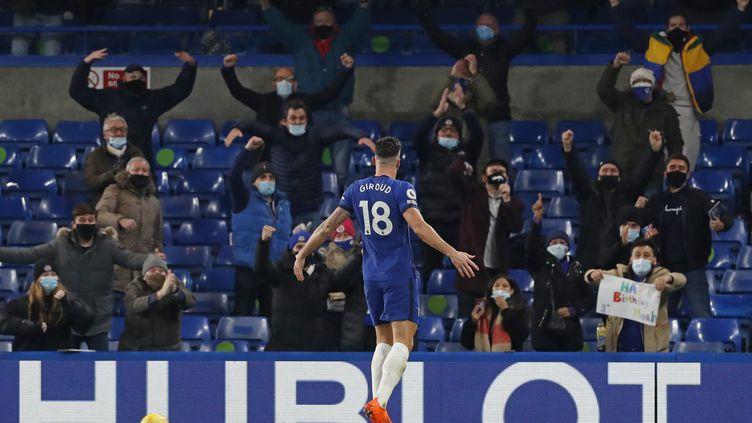 Olivier Giroud a fêté le retour des spectateurs dans les stades par un but contre Leeds (MATTHEW CHILDS / POOL)