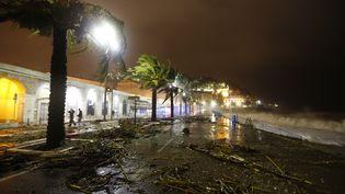 Le département des Alpes-Maritimes a été frappé par de fortes pluies mardi 4 novembre, comme ici à Nice. (VALERY HACHE / AFP)