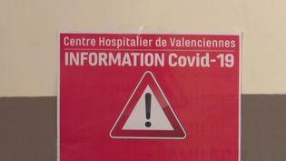 Tout le système de santé se prépare à l'épidémie de Covid-19, en particulier dans les hôpitaux. Des unités spéciales destinées aux personnes atteintes duvirusouvrent. C'est le cas à l'hôpital de Valenciennes (Nord) qui doit venir en soutien des grands établissements de la région. (France 3)