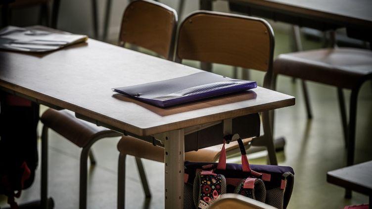 Une classe d'une école primaire de Sèvres (Hauts-de-Seine), le 4 septembre 2020. (ARTHUR NICHOLAS ORCHARD / HANS LUCAS / AFP)