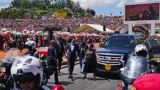 Andry Rajoelina arrive dans le stade municipal de Mahamasina, en plein coeur de la capitale Antananarivo, à Madagascar. (Sarah TÉTAUD / RADIO FRANCE)