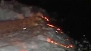 Le lac de Bangalore prend feu à cause d'une mousse toxique (Capture d'écran)