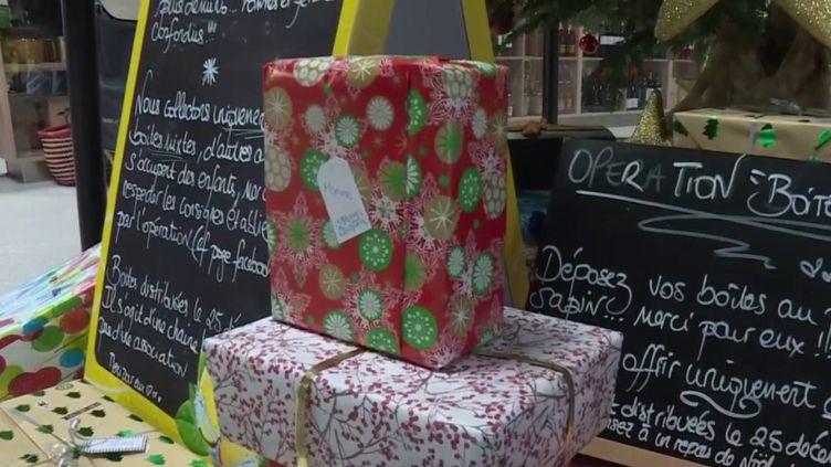 Solidarité : des boîtes surprises offertes aux sans-abris pour Noël (Capture d'écran France 2)