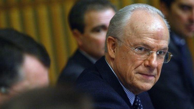 Alain Lambert, ministre délégué au Budget, en 2004 (MARTIN BUREAU / AFP)