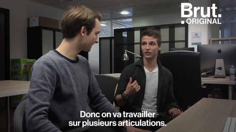 VIDEO. Tuto : 5 conseils d'un kiné pour ne plus avoir mal au dos au bureau (BRUT)