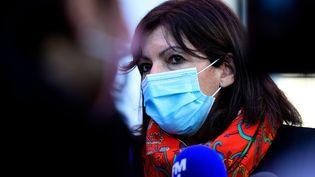 La maire de Paris, Anne Hidalgo, le 19 février 2021. (JEAN-CHRISTOPHE VERHAEGEN / AFP)