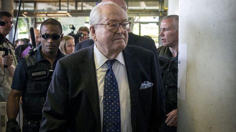 L'eurodéputé Jean-Marie Le Pen, au tribunal de Nanterre (Hauts-de-Seine), le 12 juin 2015. (MAXPPP)