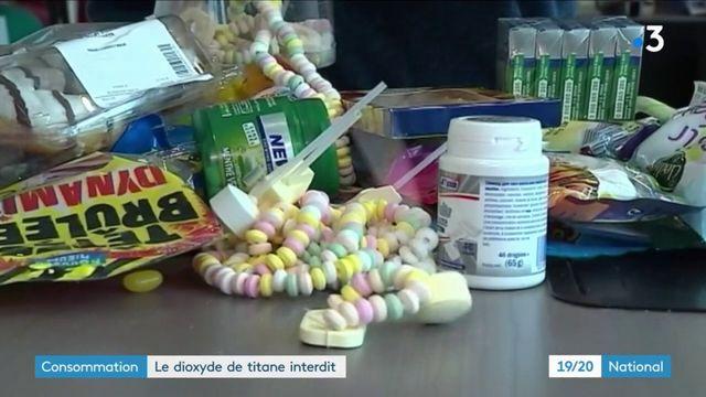 Alimentation : l'additif controversé E171 sera interdit l'an prochain