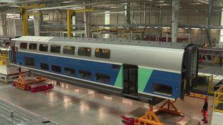 Transports : près de Lille, un centre de maintenance futuriste pour TGV (France 3)