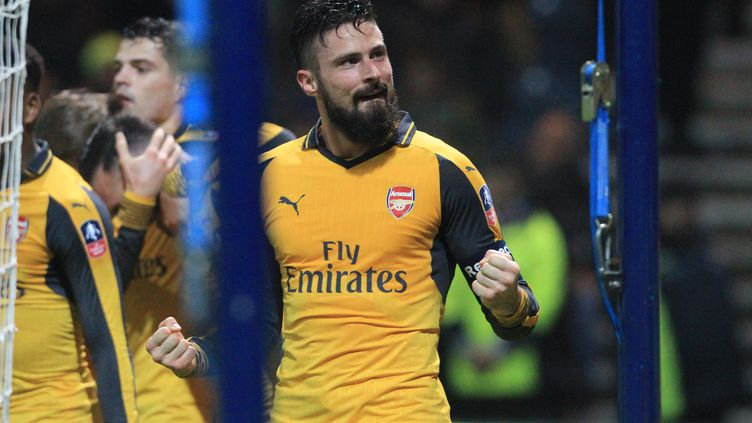 Olivier Giroud, l'attaquant d'Arsenal, buteur en Cup face à Preston North End. (LINDSEY PARNABY / AFP)