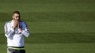 Karim Benzema durant un entraînement à Madrid (Espagne), le 7 novembre 2015. (SUSANA VERA / REUTERS)