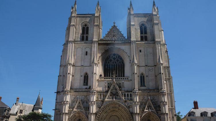 La cathédrale de Nantes (Loire-Atlantique), après l'incendie, le 18 juillet 2020. (MALIKA BARBOT / HANS LUCAS)