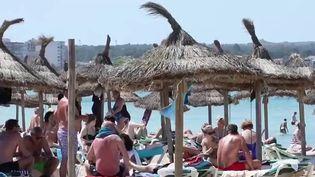 Covid-19 : les touristes vaccinés peuvent se rendre en Espagne. (FRANCEINFO)