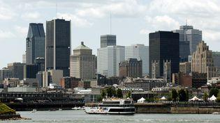 Les buildings de Montréal (Canada) vus depuis le fleuve Saint Laurent. (KAREN BLEIER / AFP)