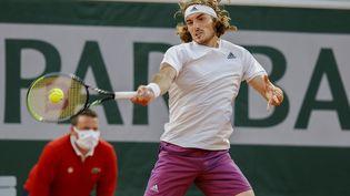 Le Grec Stefanos Tsitsipas disputera son deuxième tour à Roland-Garros, mercredi 2 juin. (NICOL KNIGHTMAN / NICOL KNIGHTMAN)