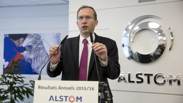 Henri Poupart-Lafarge, le PDG du groupe Alstom, le 11 mai 2016, lors d'une conférence de presse, à Saint-Ouen (Seine-Saint-Denis). (MAXPPP)