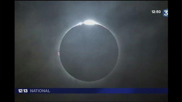 Éclipse totale en Indonésie