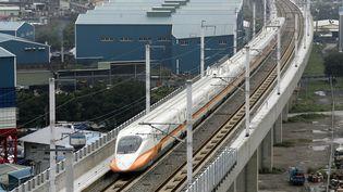 Le train à grande vitesse japonnais Shinkansen (RICHARD CHUNG / X90090)