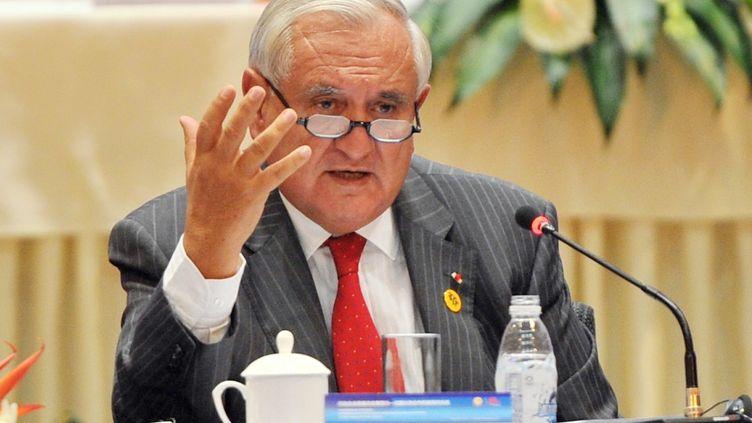 Le sénateur de la Vienne (UMP) Jean-Pierre Raffarin, le 19 septembre 2013 àChengdu (Chine). (QINPEIYONG / IMAGINECHINA / AFP)