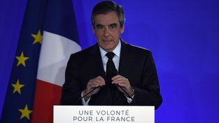 François Fillon, le 23 avril 2017. (LIONEL BONAVENTURE / AFP)