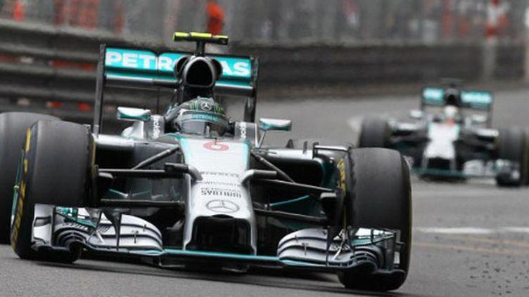 Nico Rosberg devant Lewis Hamilton, la grande rivalité de l'année 2014