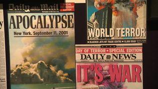 Les Unes des journaux du monde entier au lendemain du 11 septembre 2001 (C.Duponchel / France Télévisions)