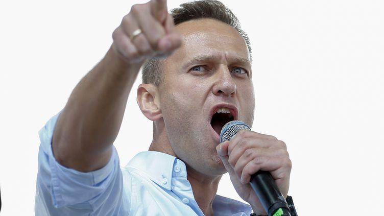 Le leader de l'opposition russe, Alexeï Navalny, lors d'un rassemblement en juillet 2019. (MAXIM ZMEYEV / AFP)